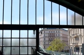 1 BERLIN 140