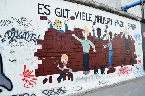 1 BERLIN 185