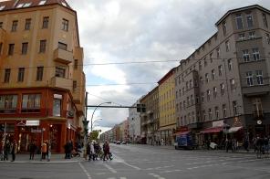 1 BERLIN 204