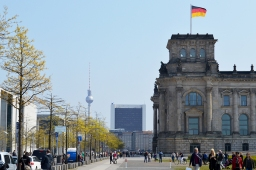 1 BERLIN 065