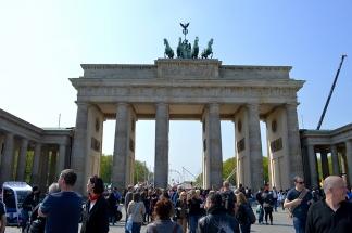 1 BERLIN 144
