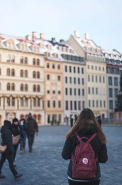 Celine loves my fjällräven kånken too much!